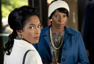 "Promotional still from Lifetime movie ""Betty and Coretta,"" with Angela Bassett (l) and Mary J. Blige (r)."