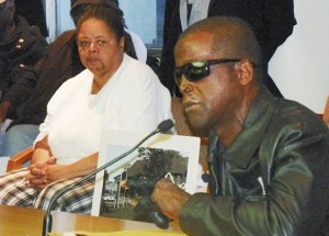Sabdra Hines and Morris Mays speak at Belle Isle hearing Sept. 25, 2012.