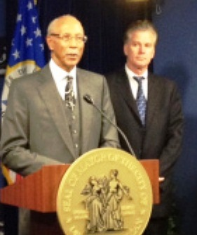 Detroit Mayor Dave Bing (l) and Michigan Treasurer Andy Dillon, who heads Financial Review Team.