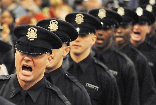 Detroit Police Academy graduates: most Detroit cops are no longer residents.
