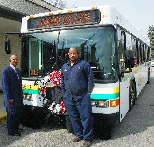 Members of Local 312 with DDOT bus decorated in their President's honor.