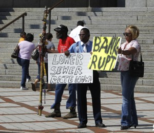Birmingham residents demand no increase in sewer rates as part of bankruptcy deal.