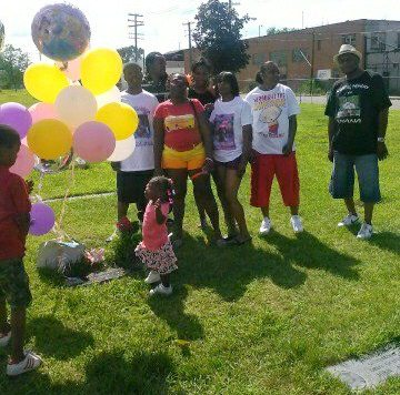 Aiyana's family celebrates her life at birthday graveside memorial July 20, 2013.