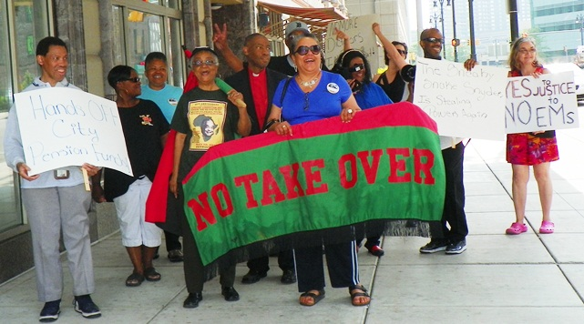 July 4 -- Protesters at EM Kevyn Orr's residence, the Westin Book Cadillac, demand independence for Detroit, end to Orr, Roy Roberts dictatorships.