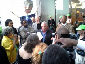 """Attorney Jerome Goldberg speaks to opponents of EM law before Orr's """"public meeting"""" June 10."""