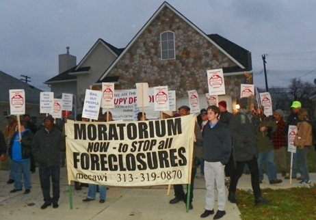 Protesters from Occupy Detroit and Moratorium Now! outside Detroit home facing foreclosure.