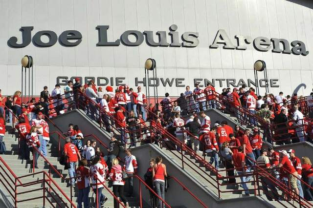 Red Wings fans pour into Joe Louis Arena.