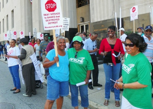 City retirees protest at federal court Aug. 19, 2013.