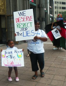 Aliya Moore, Pres. of Oakman Parents Group, at protest Aug. 28, 2013.