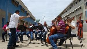 Venezuela Coro prison orchestra gives hope to inmates.