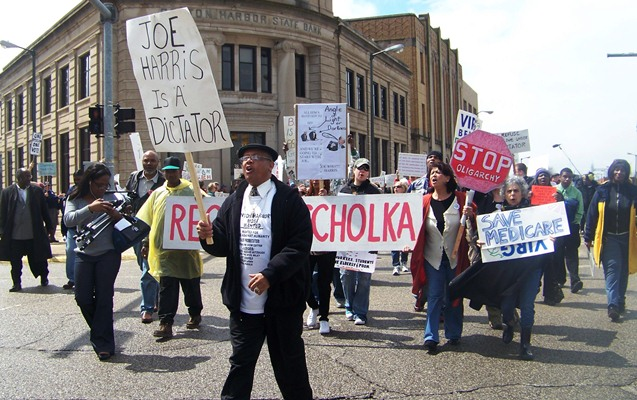 Rev. Pinkney leads first march against EM takeover under Public Act 4, that of Benton Harbor under Joe Harris.