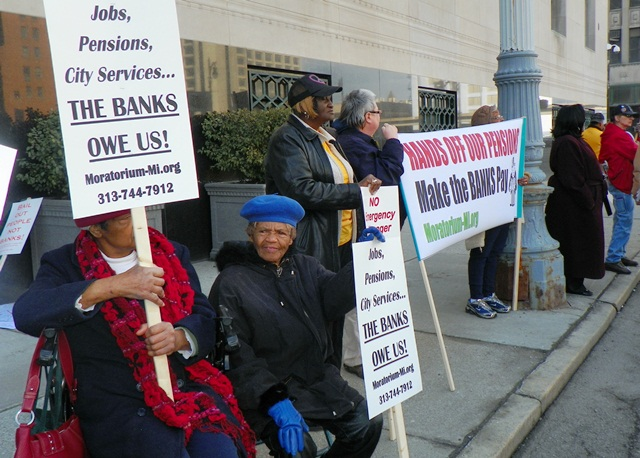 Retirees protest at bankruptcy court in Detroit June 1, 2014.
