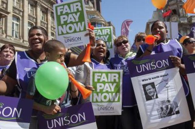 Public sector workers struck all over Britain to protest low pay and job cuts. Here, UNISON members rally in Birmingham. Photo: Timm Sonnenschein/UNISON.