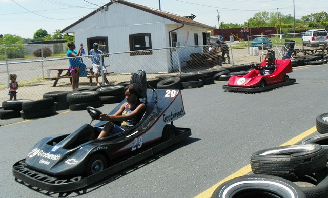 gokart girl drivers