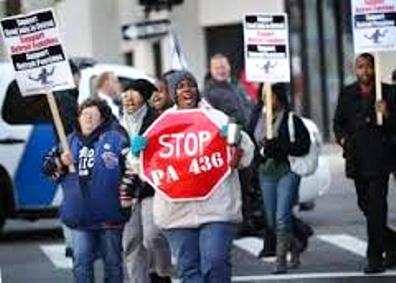 Protest during Detroit bankruptcy hearings.
