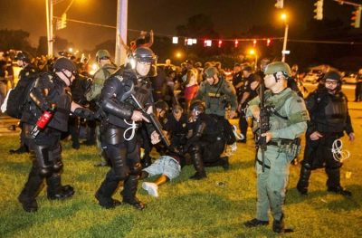 Baton Rouge police attack marchers protesting deaths of Alton Sterling and