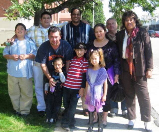 Luis and Cecilia Espinoza with their five children and friends in 2011.