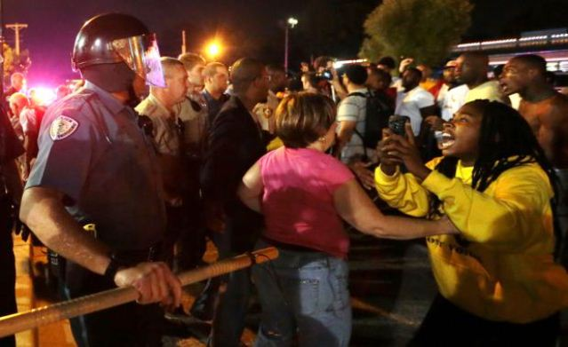 Beginning of police confrontation with Ferguson protesters Sept. 25, 2014.