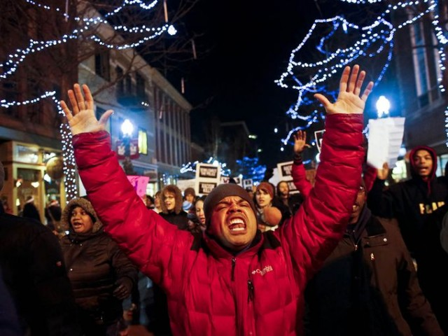 Eric Garner protest in Kalamazoo, MI/Photo: Kalamazoo Gazette