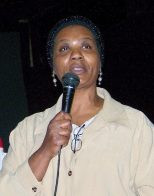 Marie Thornton speaking at rally Jan. 28, 2009