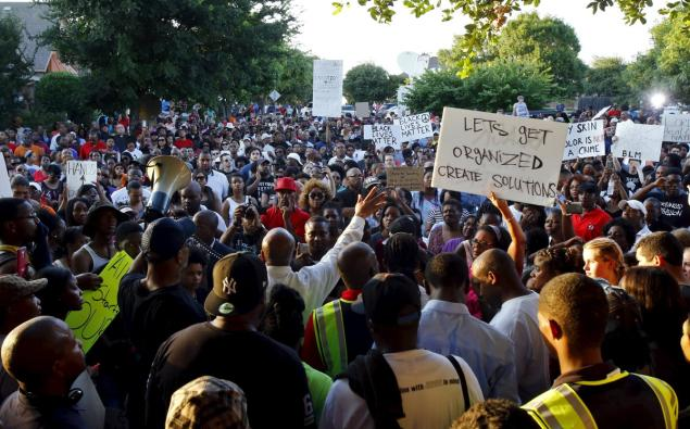 "News media reported that ""thousands"" turned out in McKinney on the evening of June 8 to protest police race riot at swimming pool."