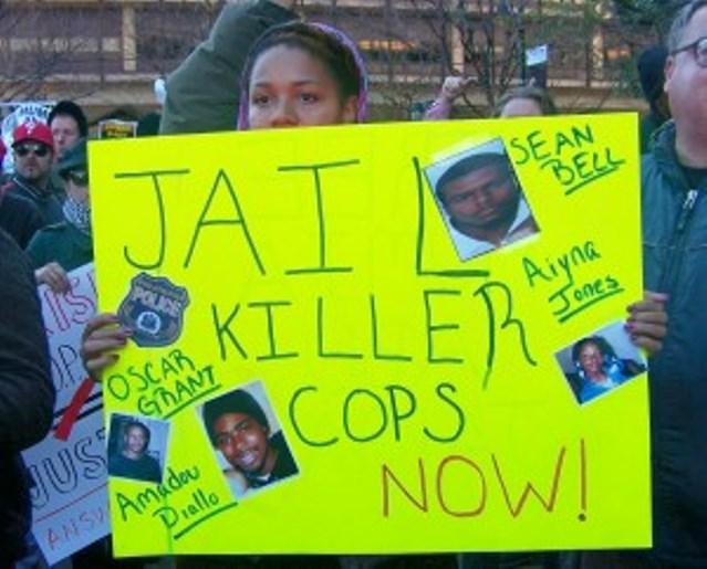 Demonstration in Philadelphia in Nov. 2009 to save Mumia Abu-Jamal.