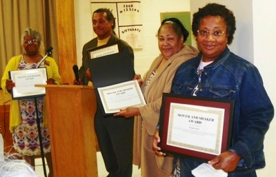 Belinda Myers-Florence (2nd from r) receives Mover and Shaker award with other DAREA officers (l to r) Wanda Jan Criss Hill, Bill Davis, and Yvonne Jones.