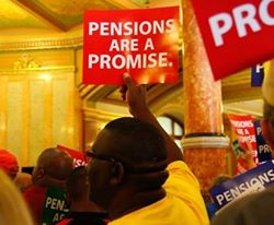 Workers rally to protect pensions.