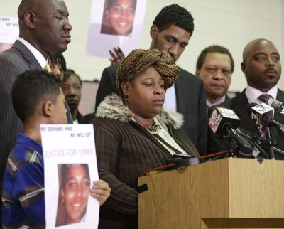 Tamir's mother Samaria Rice and family at press conference last year.