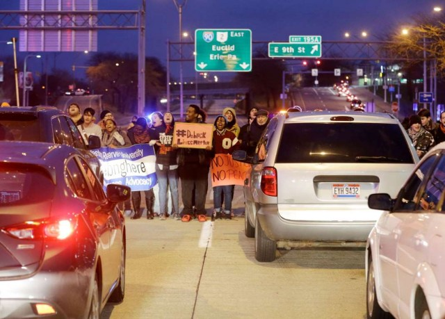 Protesters block freeway in Cleveland, outraged at police murder of Tamir Rice, 12.