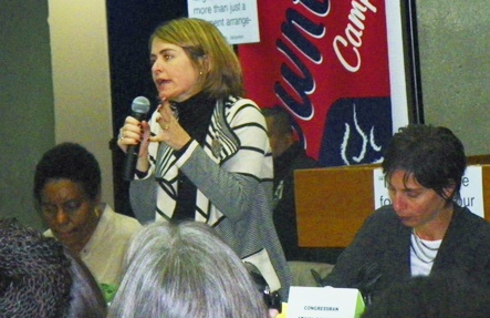 UN Rapporteurs Catarina de Albuquergue and Leilani   at town hall meeting Oct. 19, 2014.